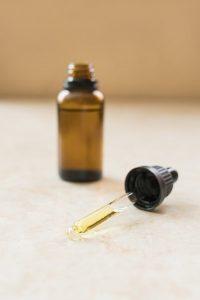 Le cbd peut aussi se trouver sous forme d'huile